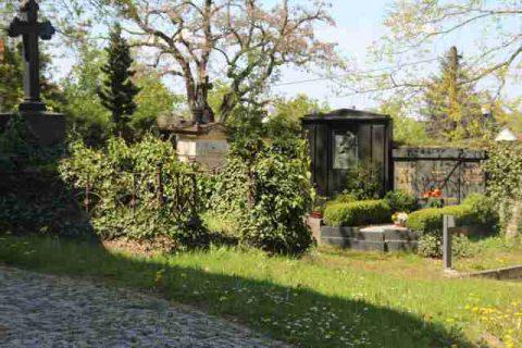 Friedhof_Possendorf2-72+640