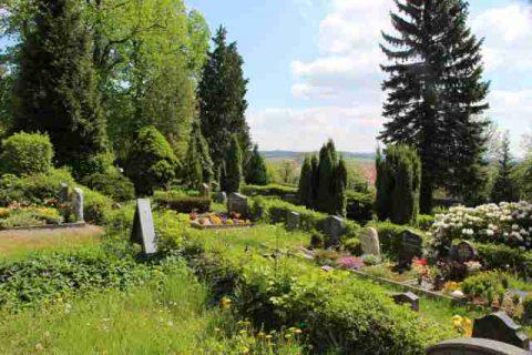Friedhof_Rabenau2-72+640