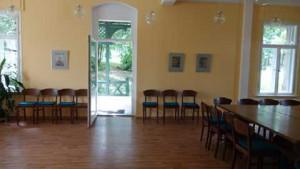 Gemeindesaal_geradeaus72+480