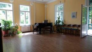 Gemeindesaal_links72+480